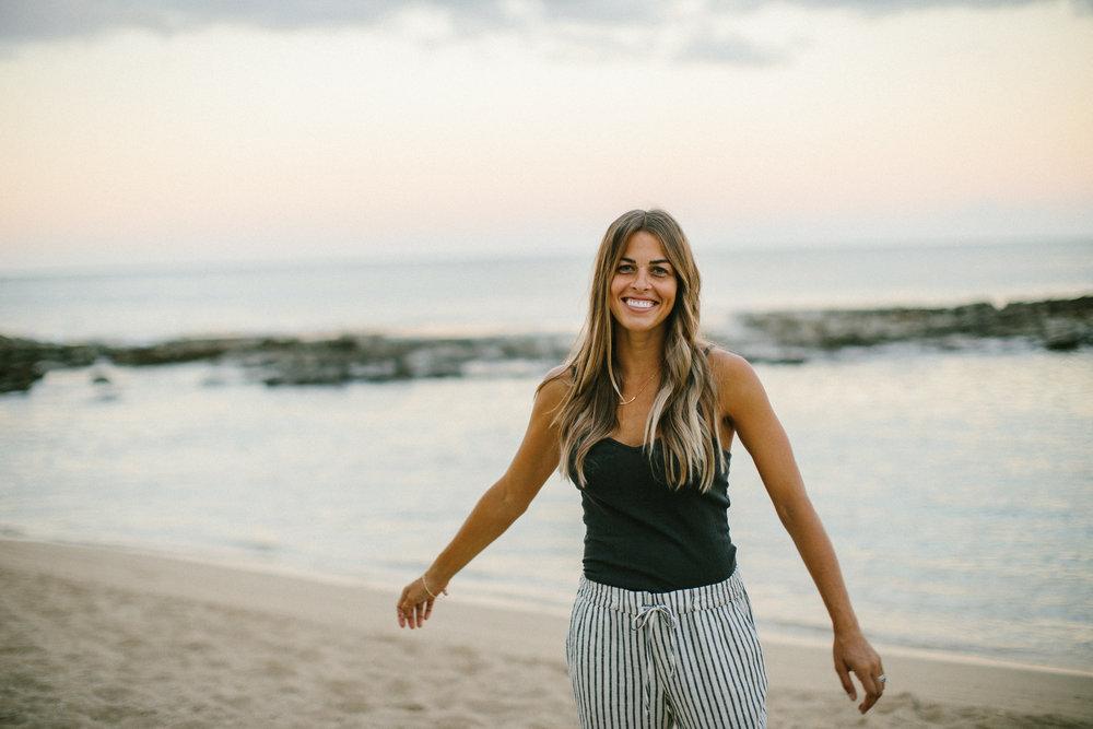 Hawaii Elopement and Wedding Photographer