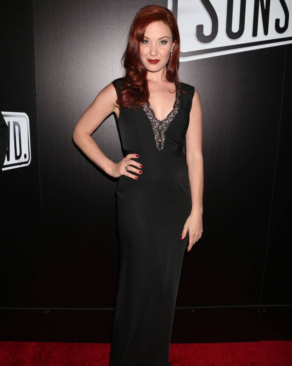 Sierra-boggess-at-sunset-blvd-play-openning-night-in-new-york-02-09-2017_2.jpg