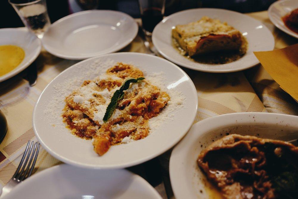 Trippa alla Romana (Lasagna in the background)
