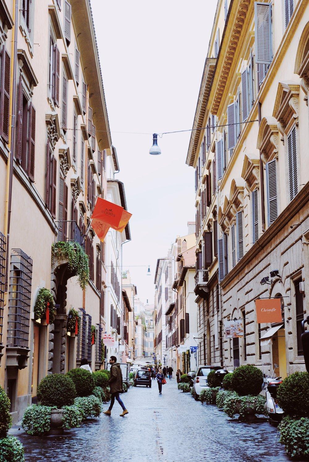 Spanish Steps: Posh neighborhood to stay in