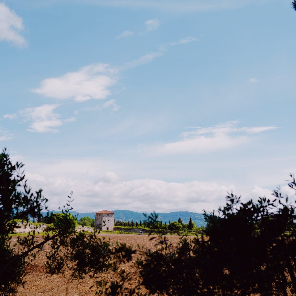 Along Strada Provinciale 168, you will get the opportunity to see some neighboring homes/farms.