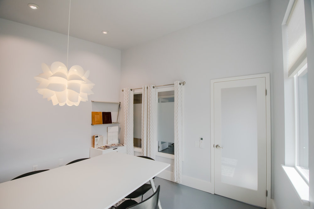 CR Design + Construction  |  Conference Room