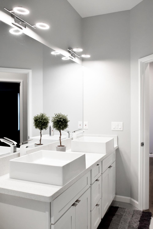 Alohi  Custom Residence |  Bath
