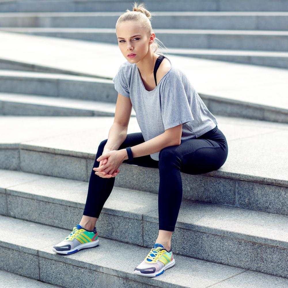 """anca surdu - CHALLENGE YOURSELF""""Misiunea mea este sa te ajut sa iti atingi obiectivele si sa iesi din zona de confort, in timp ce iti depasesti nivelul de fitness.""""Afla mai multe"""
