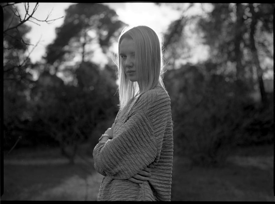201403_pentax_645_portraits_10_fiona_halpin_by_thodoris_markou.jpg