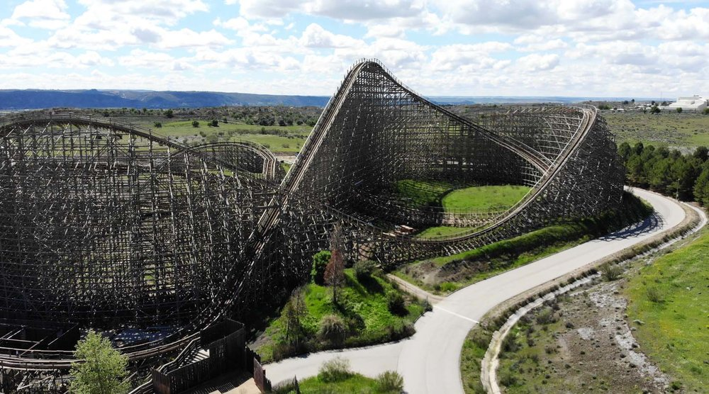 COASTER EXPRESS - Repair & maintenance.Parque Warner, Madrid