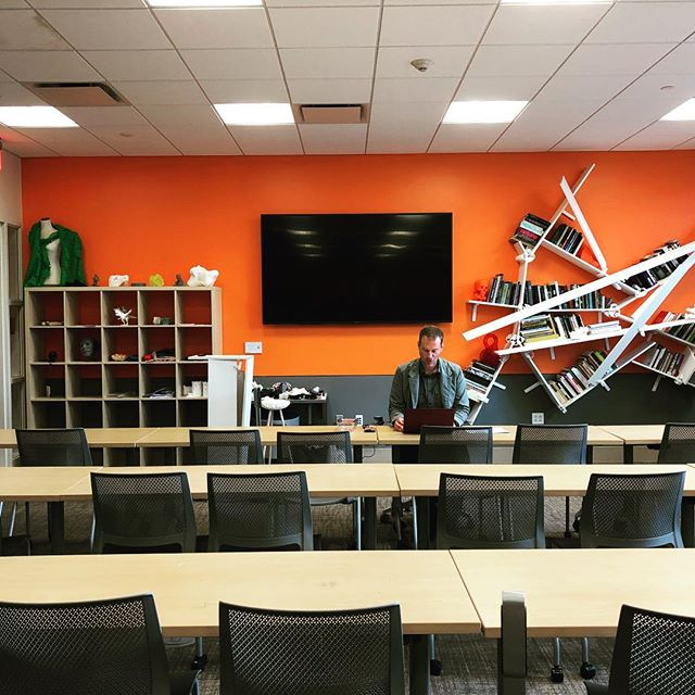 Newly Redesigned MIX Lab 💥👀💥 * * * * * #3dprinting #innovation #Entrepeneurship #creativity #fablab #3dprinted #innovate ##entrepreneur @montclairstateu @feliciano_business @felicianocenter