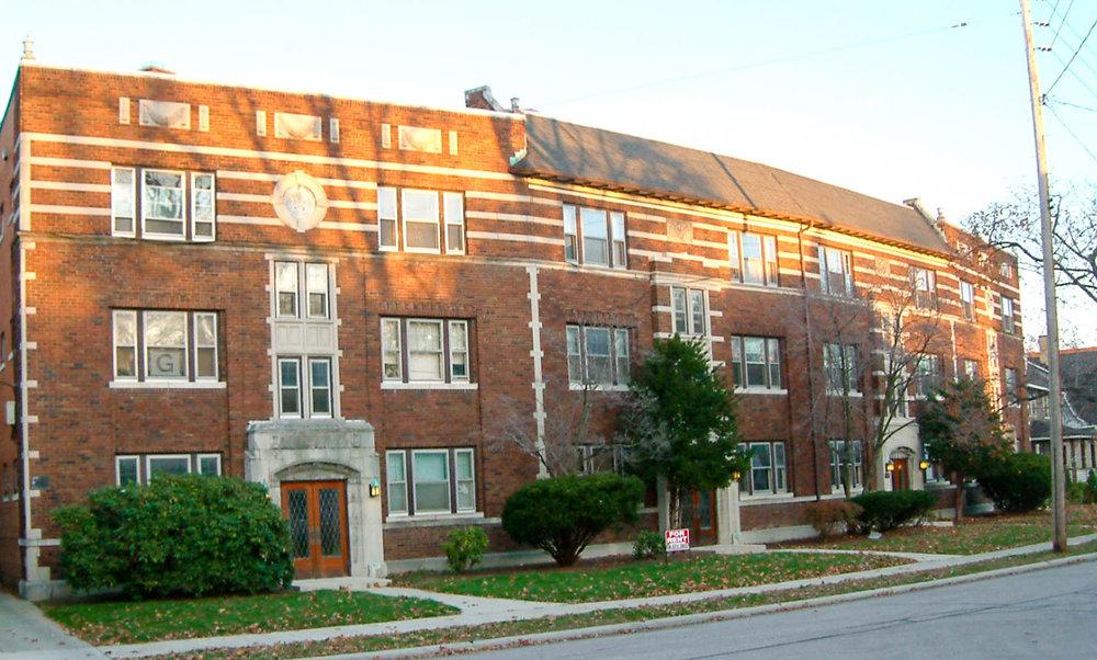 Edanola Apartments