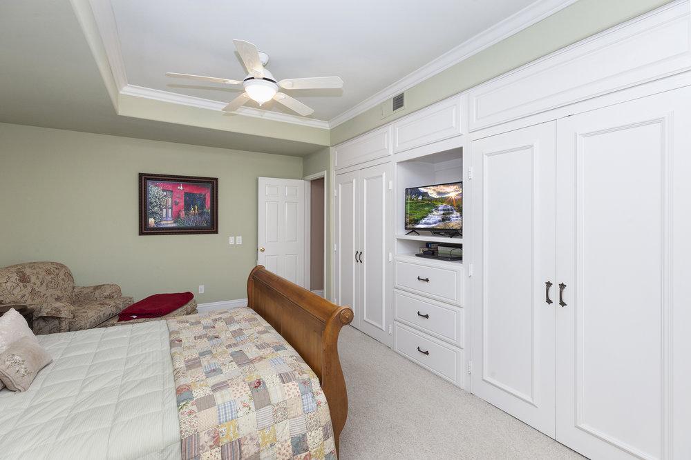 013_Master Bedroom .jpg