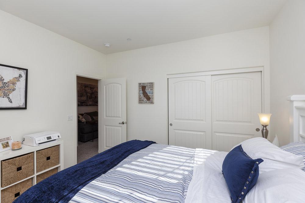 019_Bedroom .jpg