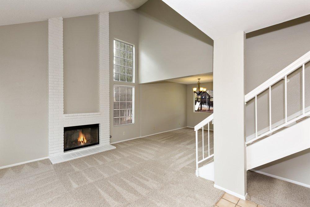 006_Living Room.jpg