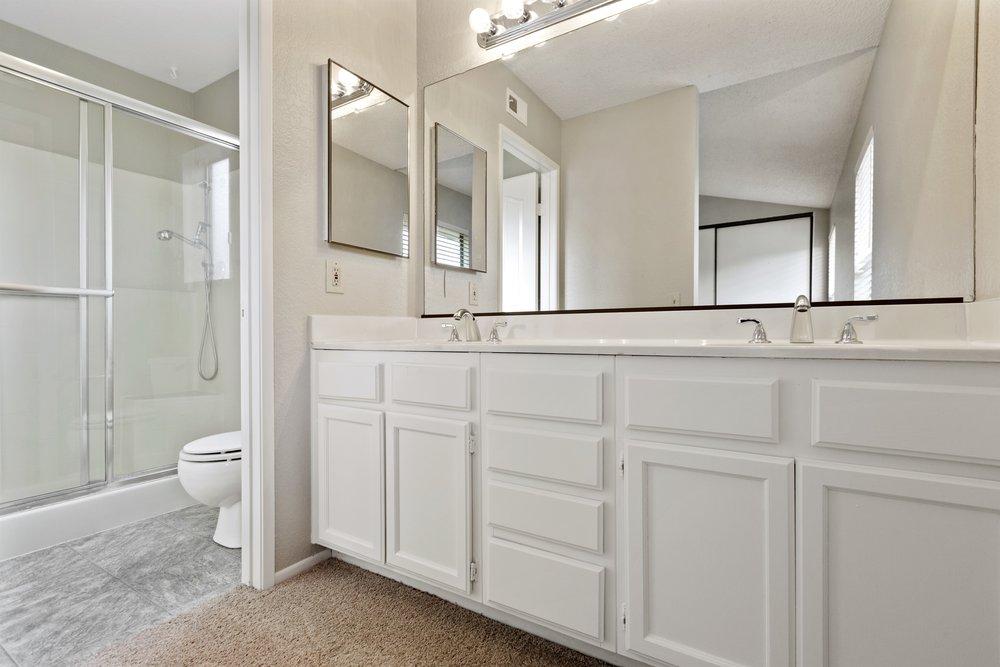 024_Master Bathroom.jpg