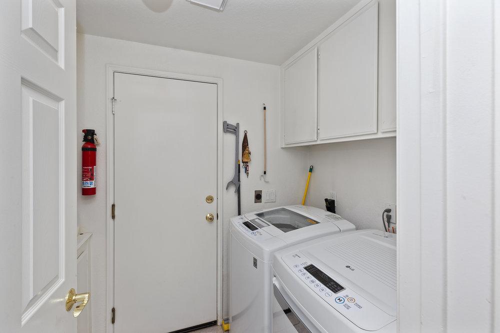 013_Laundry.jpg
