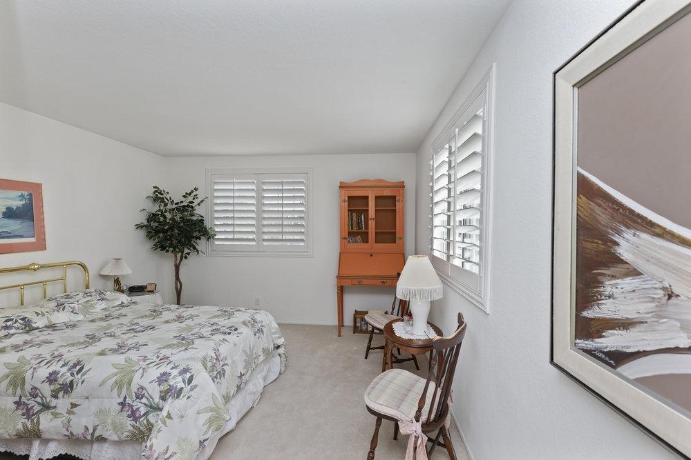 019_Upstairs Bedroom 1.jpg