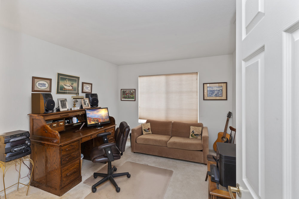 023_Upstairs Home Office.jpg