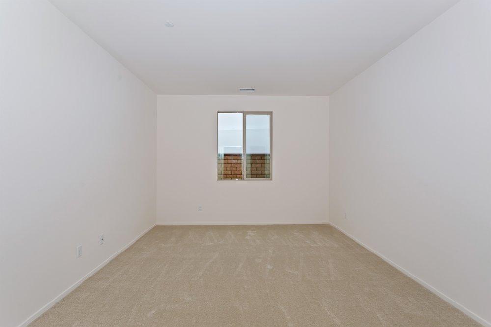 015_Bedroom .jpg