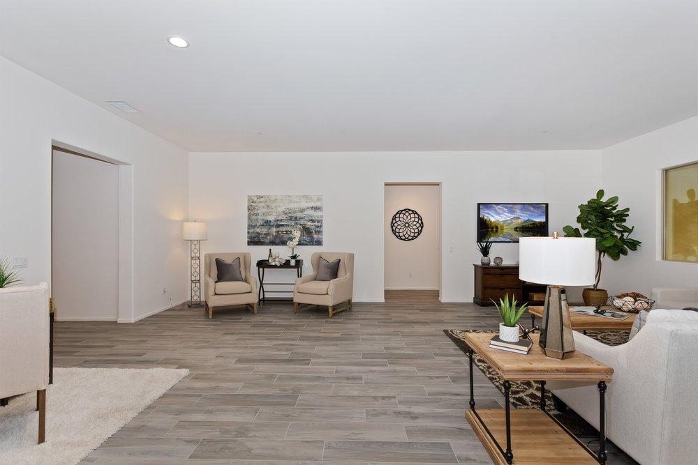 020_Living Room .jpg