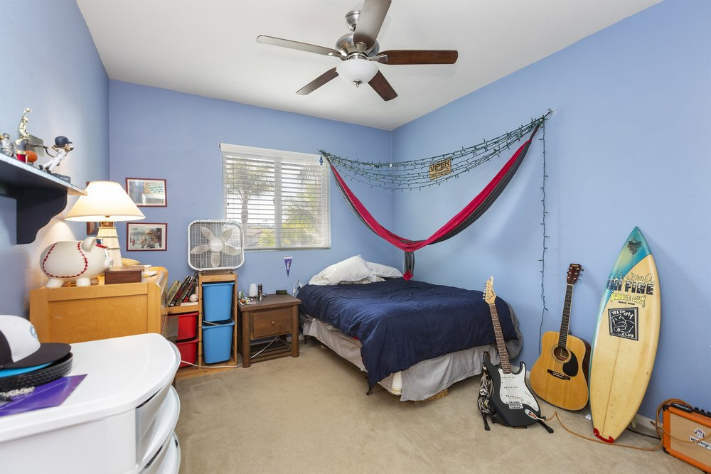 021_ Bedroom.jpg