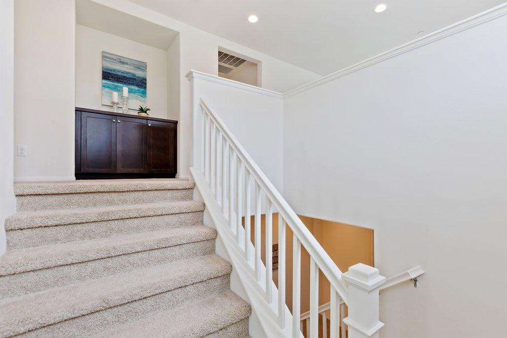 021_Stairs.jpg