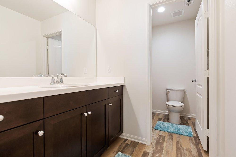 026_Bathroom.jpg