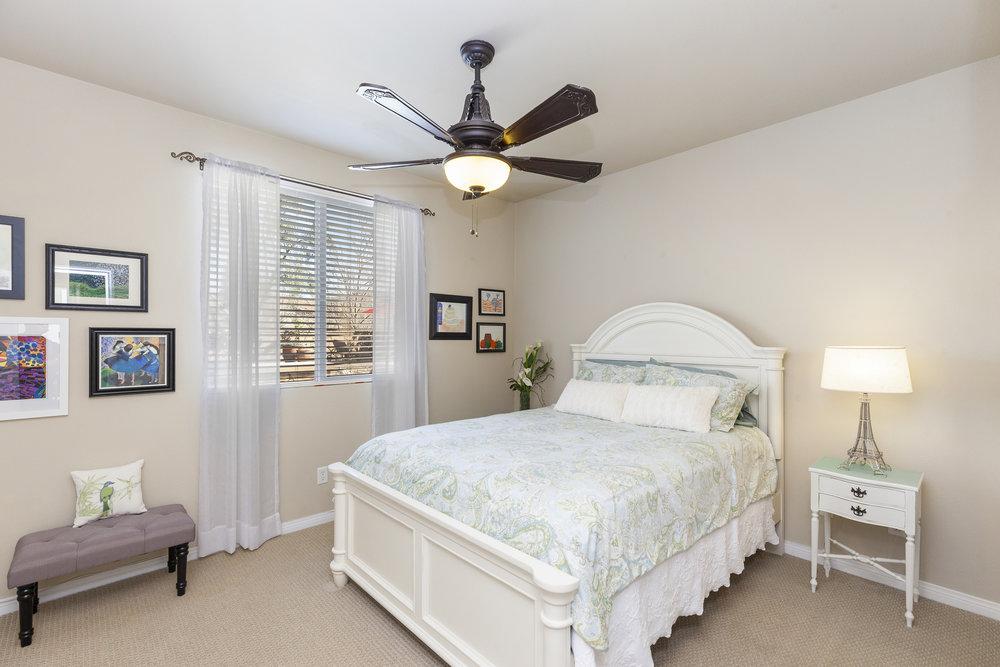 020_Downstairs Bedroom.jpg