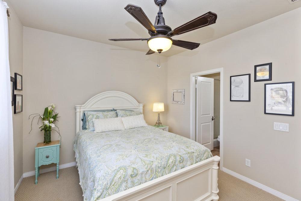 021_Downstairs Bedroom.jpg