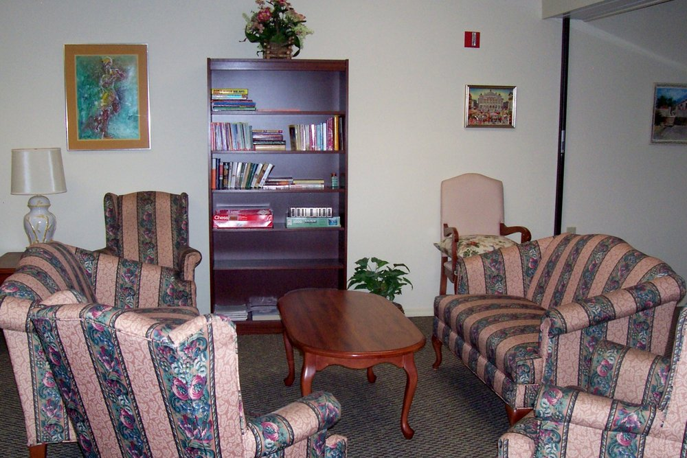 6.  Community Room.jpg