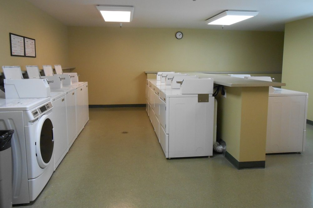 10. 2nd Floor Laundry room.JPG