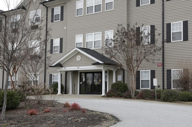 ahepa-242-senior-apartments-greenville-sc-building-photo.jpg