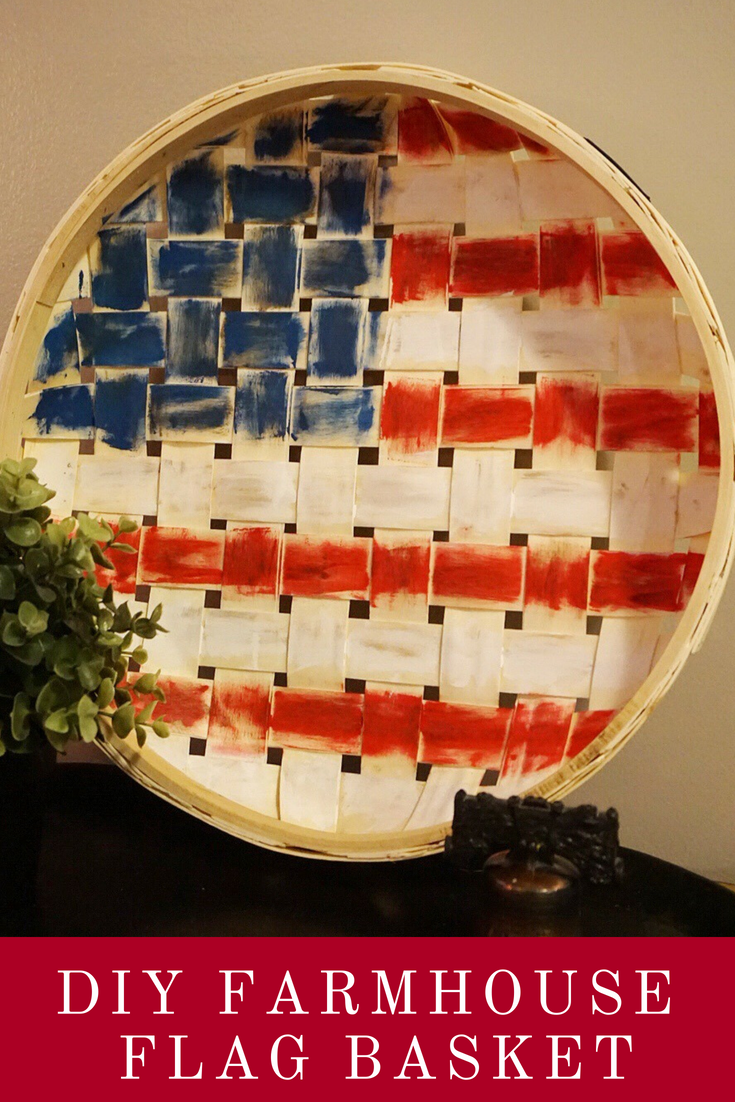 Update a plain circular basket into Farmhouse 4th of July decor with paint. Click here for all of the details! #4thofjulydecor #farmhouse4thofjuly #diy4thofjuly #4thofjulycrafts