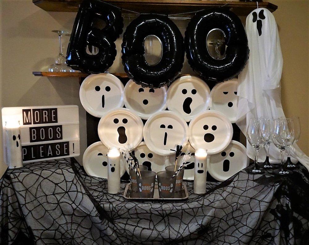 A ghost themed Halloween bar for your Halloween bash!