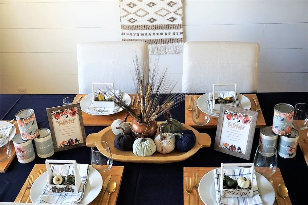 This tablescape is easy to put together with a DIY Centerpiece and DIY decor at each place setting. The perfect warm feel for Friendsgiving or Thanksgiving.