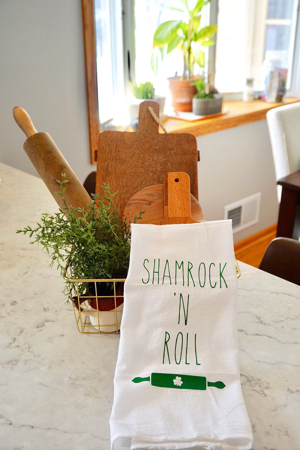 St. Patrick's Day kitchen flour sack towel made with Cricut iron on.
