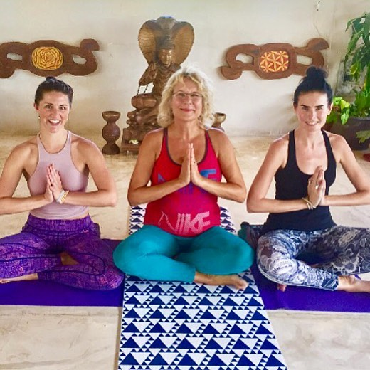 Happy graduates from our Yoga Teacher Training (YTT) Spring 2017 session! . . Join Yoga By The Sea this Fall for our next course starting October 20, 2018! . . Experience and learn all about the world of yoga, make life long connections with others and immerse yourself in Mexican culture from living in beautiful Playa del Carmen during that time! Sounds like a dream doesn't it!? Are you ready to make that dream a reality? . . www.morethanyoga.com to register with us TODAY . . #ytt #200hr #200hrytt #yoga #yogaclass #yogi #yogini #yogateacher #yogaeverydamnday  #asana #hatha #flow #yogalove #yogalife #yogacommunity #dreambig #changeyourlife #palapasuuk #playadelcarmen #rivieramaya #mexico #om #shanti #namaste