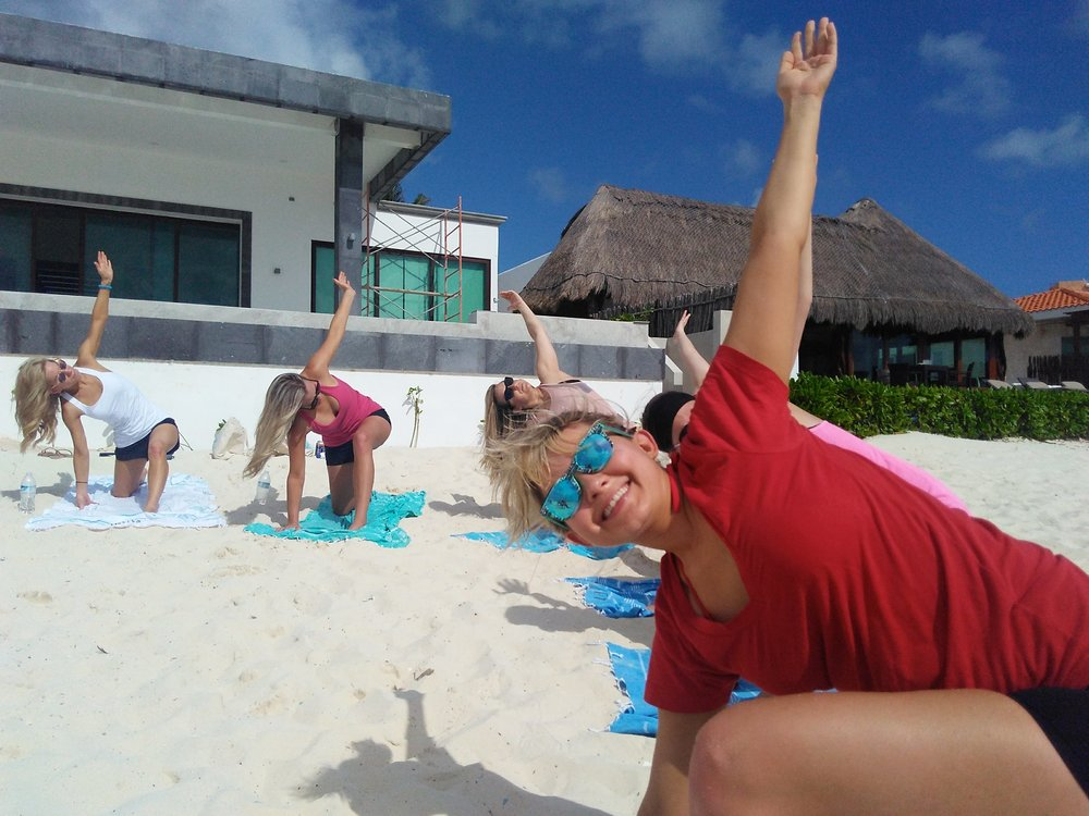 beach yoga playa del carmen