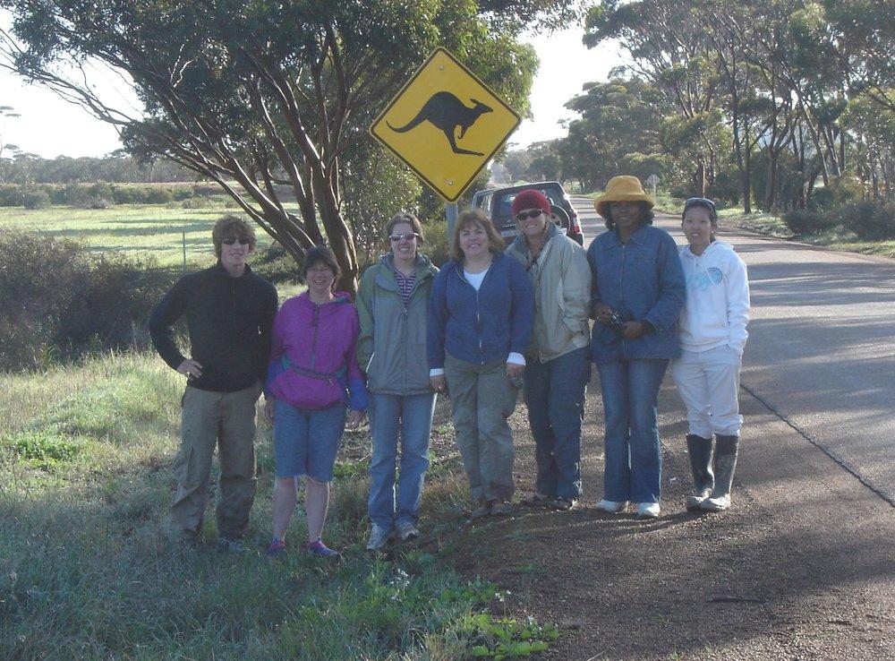 Australia2005-field team&kangaroo sign.jpg
