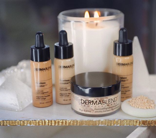 That new new from @dermablendpro ILLUMINATING BANANA POWDER lightweight tinted setting powder with a warm luminous glow, this is perf for my dry under eyes & sets for 16 hour wear 😏 - FLAWLESS CREATOR LIQUID DROPS the fullest coverage with the most lightweight feel! oil free, 10 ingredients, 16 hour wear.. keep an eye out for more pics of my finished look using these 2 products ✨ - clickable link in bio to purchase 😉 #dermablendpro #sponsored
