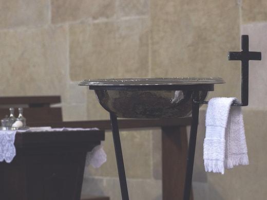 Baptism_520x389-min.jpg