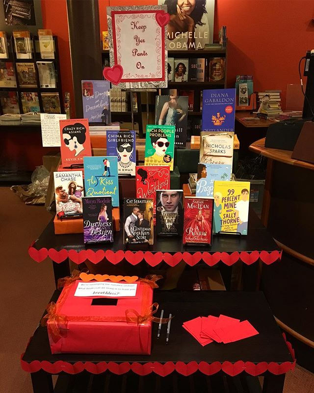 Display of the day! Well, month, really. More bodice-rippers✈️incoming. - #books #bookstagram #romancebooks #booksellers #indiebookstore #valentines