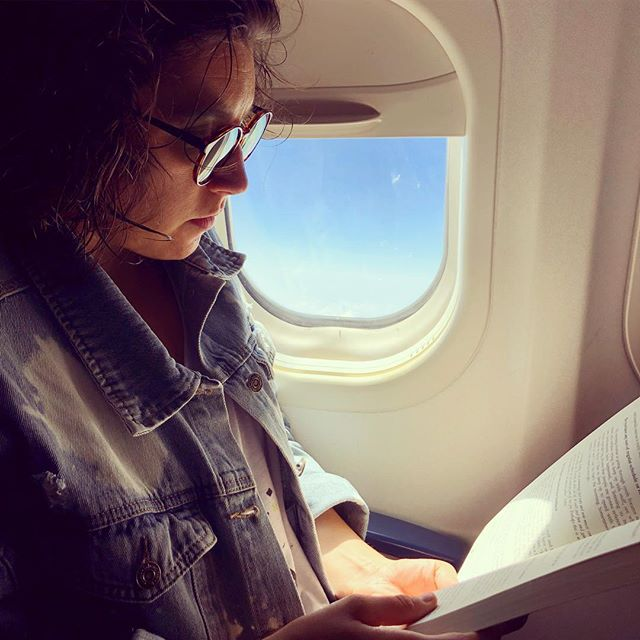 Fav hobby, airplane reading!!!Uninterrupted quality time with a book is hard to come by in our hectic lives these days! Thanks to @startupmusician for the good read and #wednesdaywisdom
