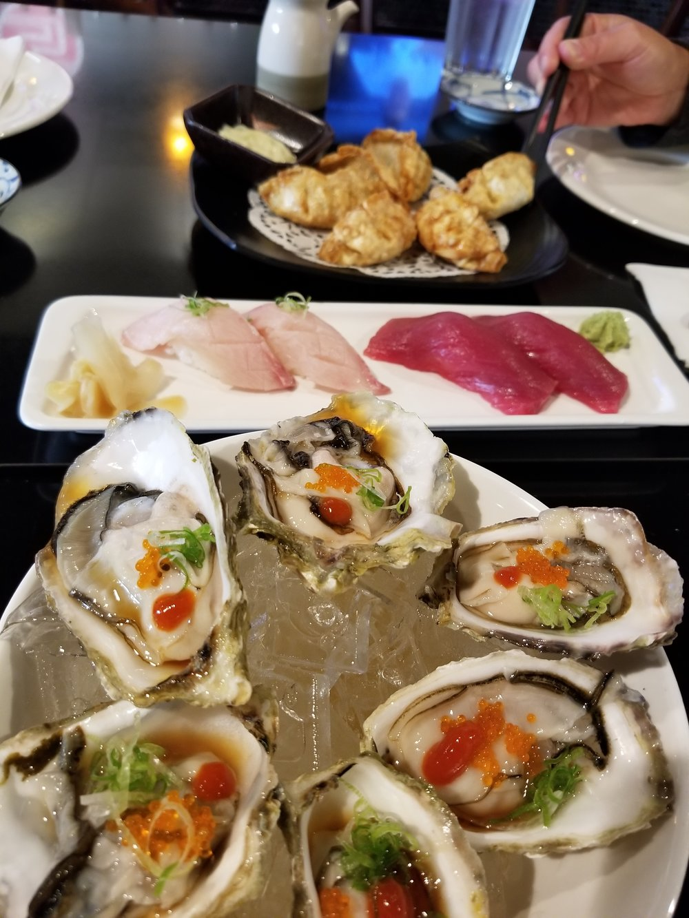 Oysters-Nigiri_Gyoza_HH.jpg