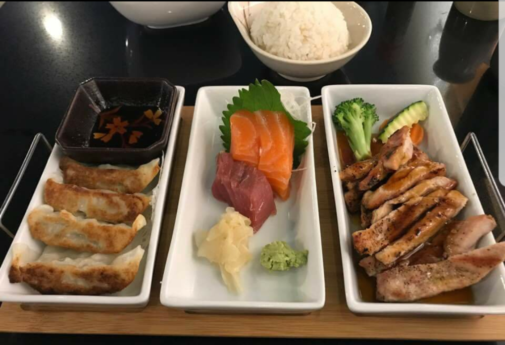 BentoBox_customers lunch.png