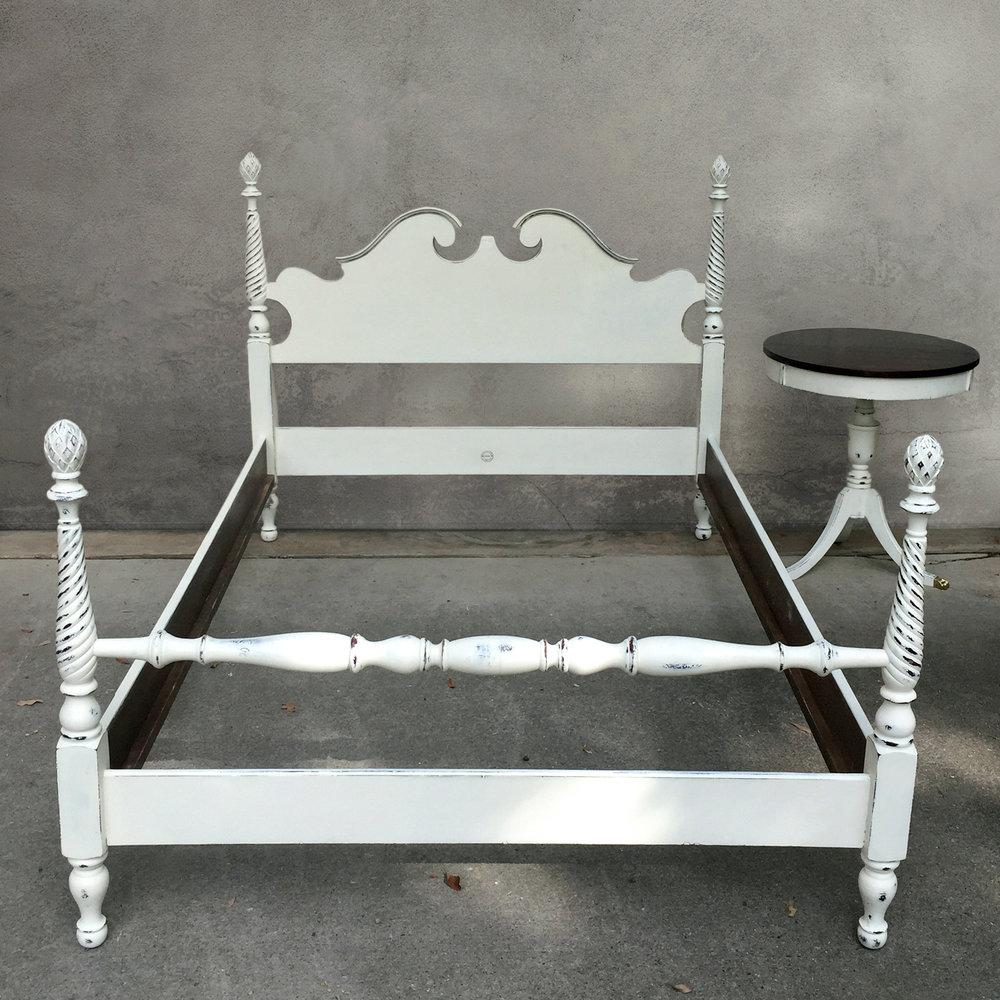 crimson + oak designs | white bedroom set 5 SQ.jpg