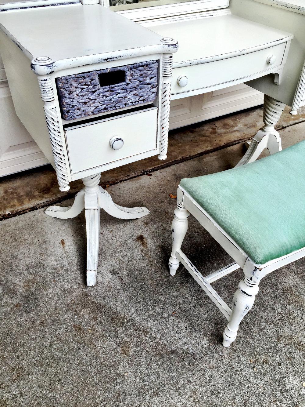 crimson + oak designs |  white bedroom set 018.JPG