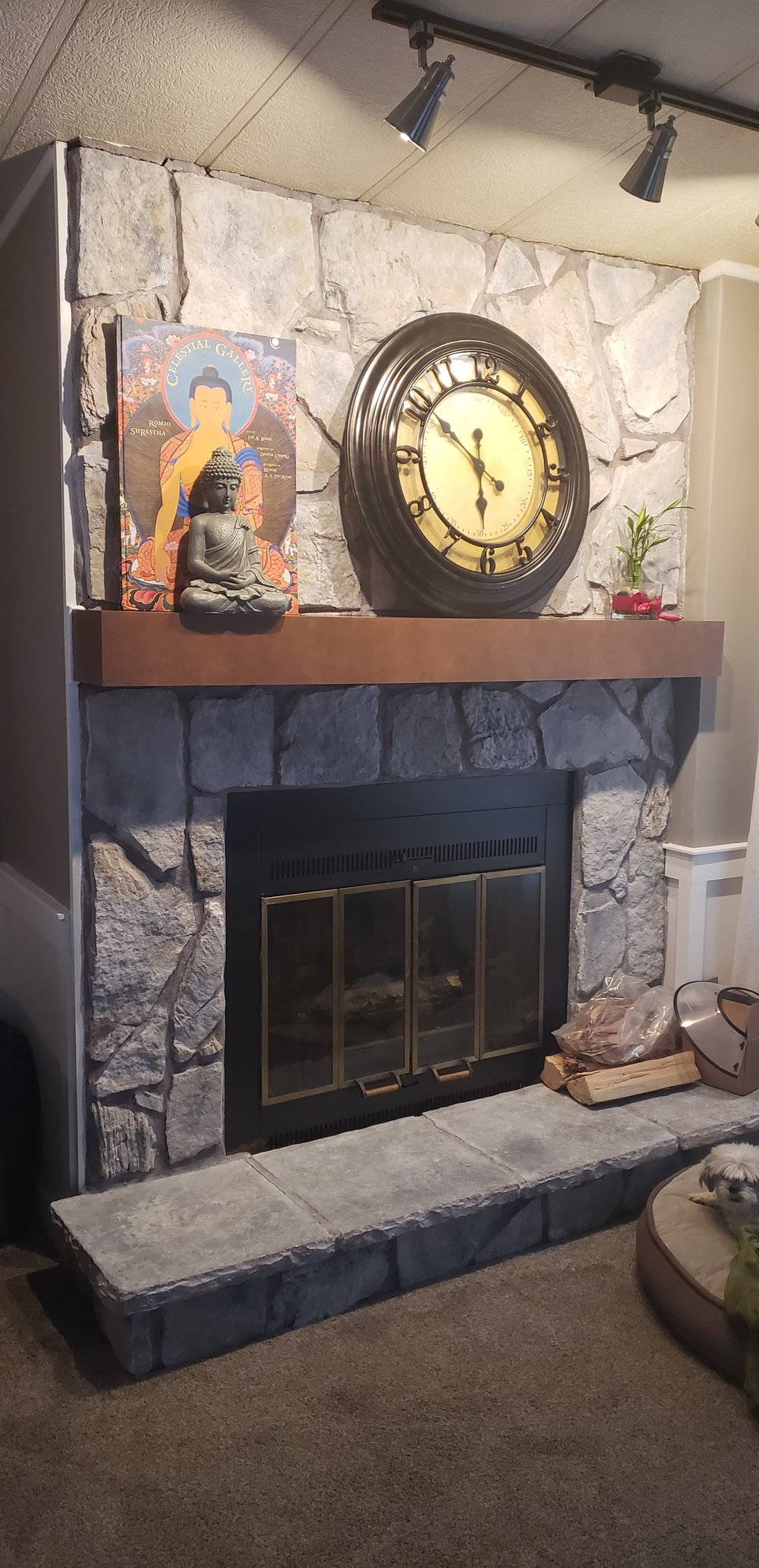 After: https://www.kristancbarril.com/blog-1/resources/2018/10/27/diy-white-washed-fireplace