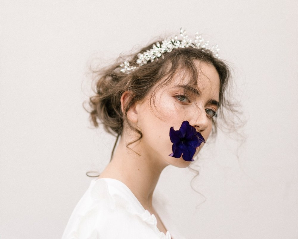 Isabel Headband| Fleur Romance - Modern bridal hair accessories and jewellery