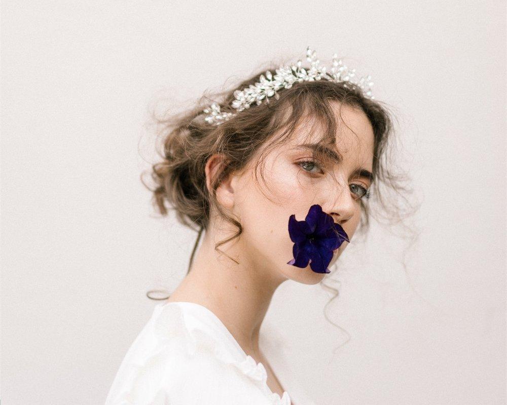 Isabel Headband  Fleur Romance - Modern bridal hair accessories and jewellery