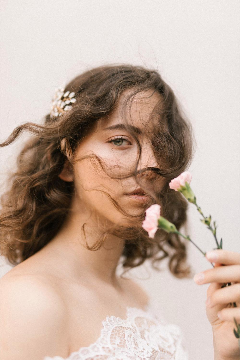 Jenna Comb  Fleur Romance - Modern bridal hair accessories and jewellery