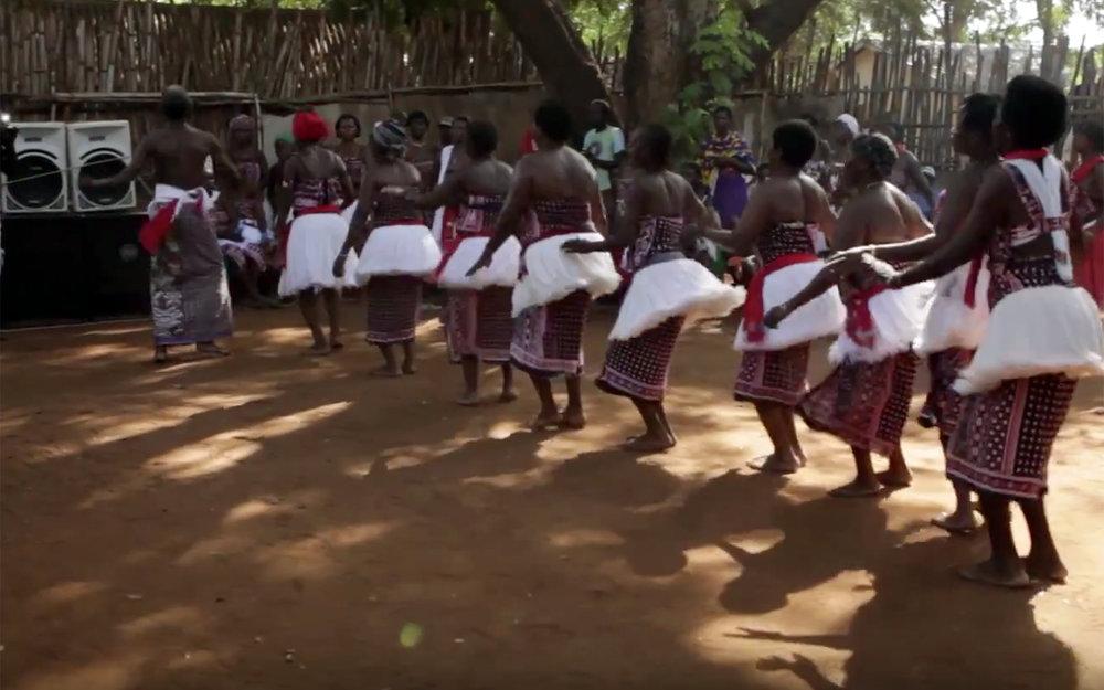 319.Giriama Dances / Kenya - Giriama Dances are traditional dances performed by the Giriama people, an agricultural and hunter-gathering Bantu-speaking sub tribe of the larger Mijikenda (Nyika) ethnic group living along the coastal areas of Kenya.
