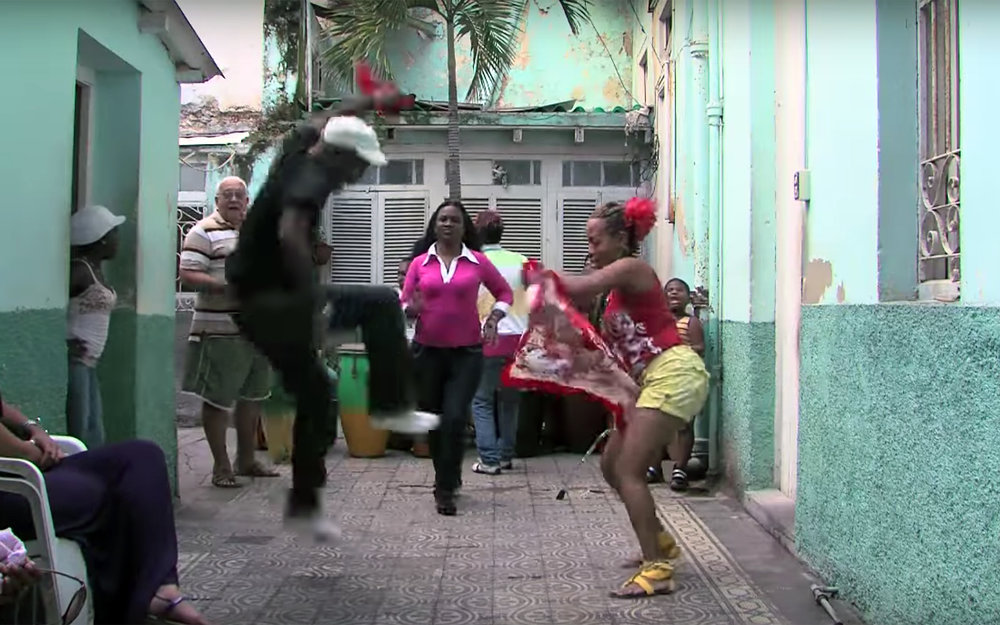 327.Guaguancó / Cuba - Guaguancó is a Cuban couple dance of sexual competition between the male and female. The male periodically attempts to